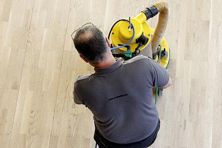floor-is2 Floor Cleaning