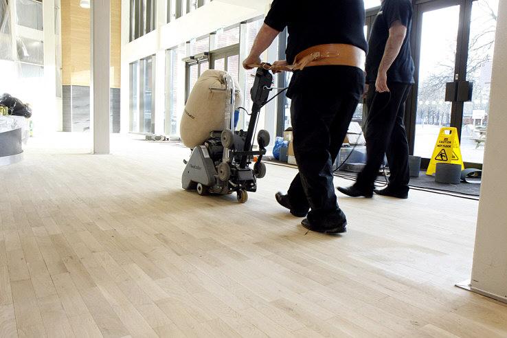 floor-is5 Floor Cleaning
