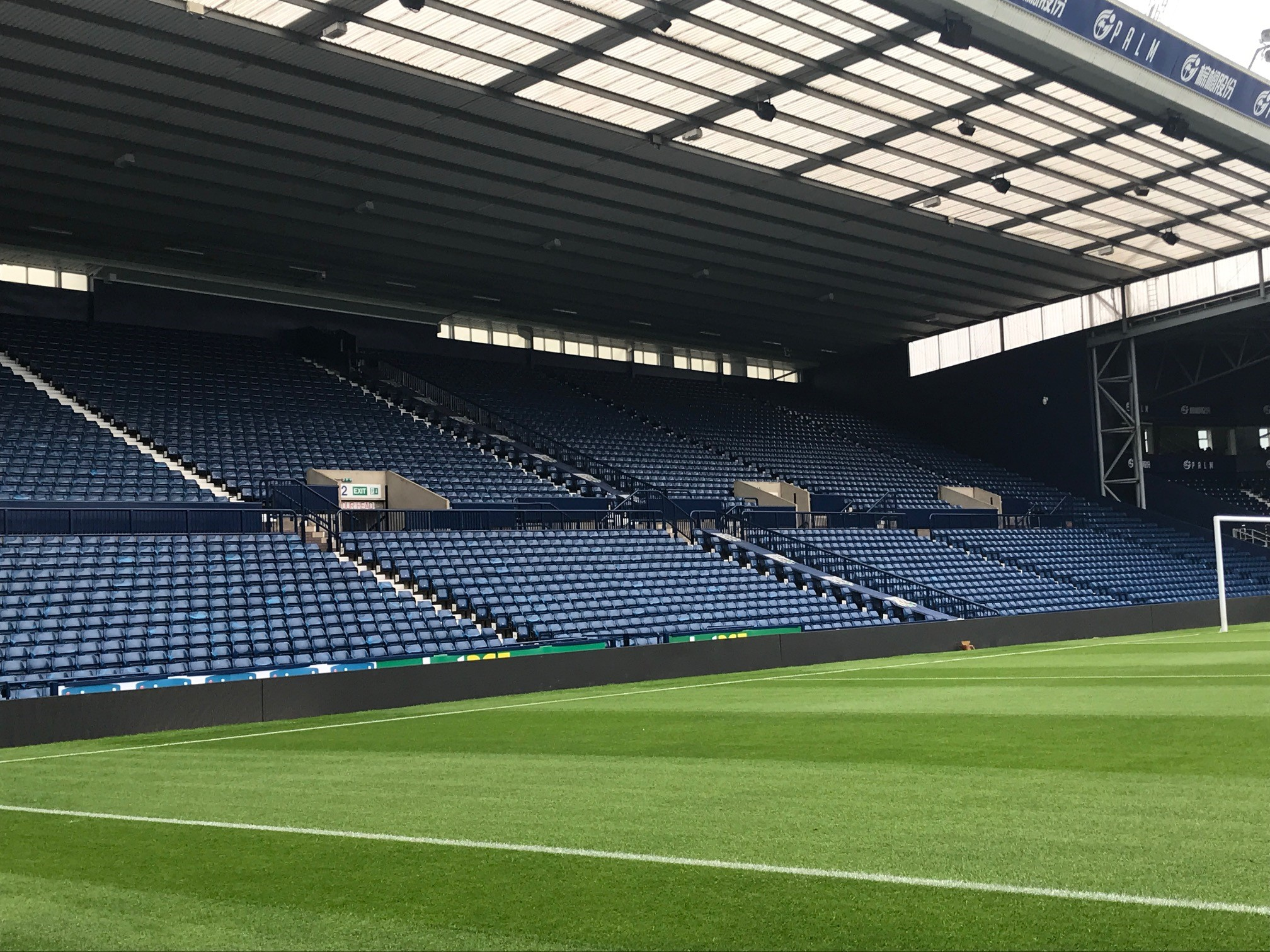 finished-seats we clean shine @ The Hawthorns