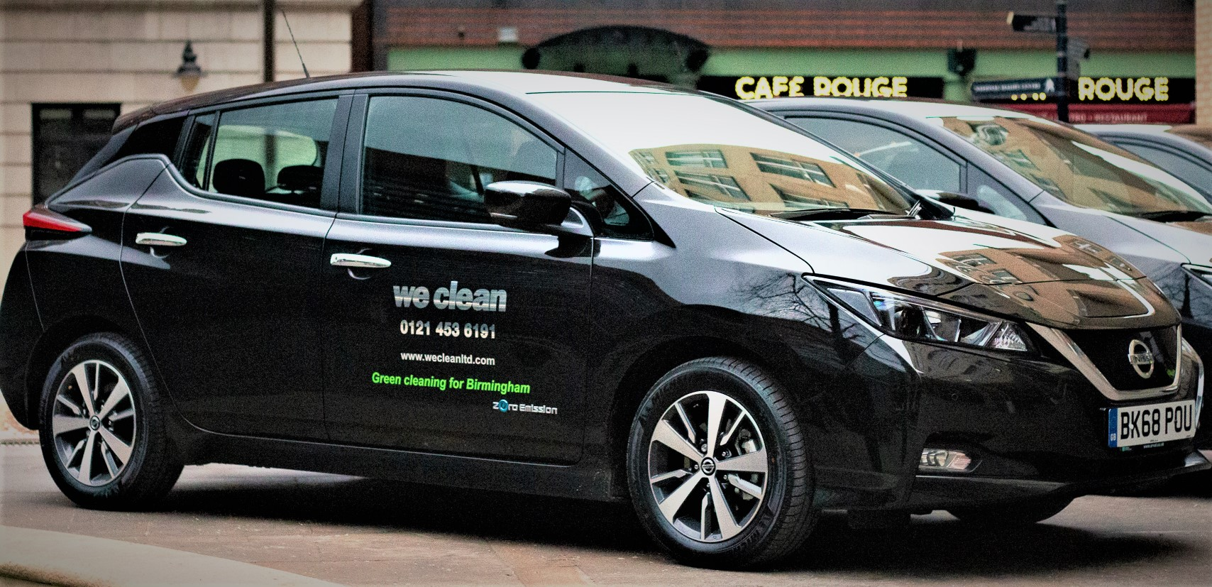 We-Clean-Green-Nissan-Leaf Cleaning Green