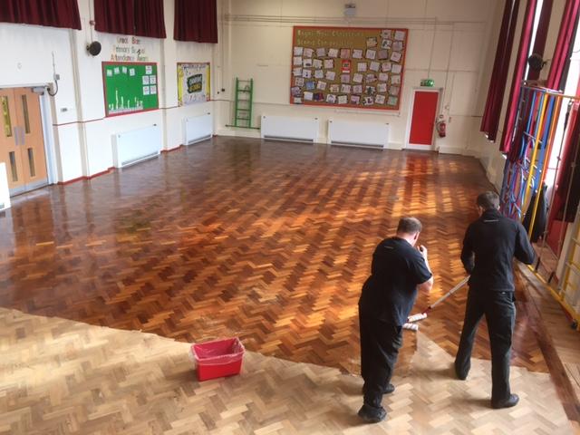 Parquet-Floor Floor Cleaning