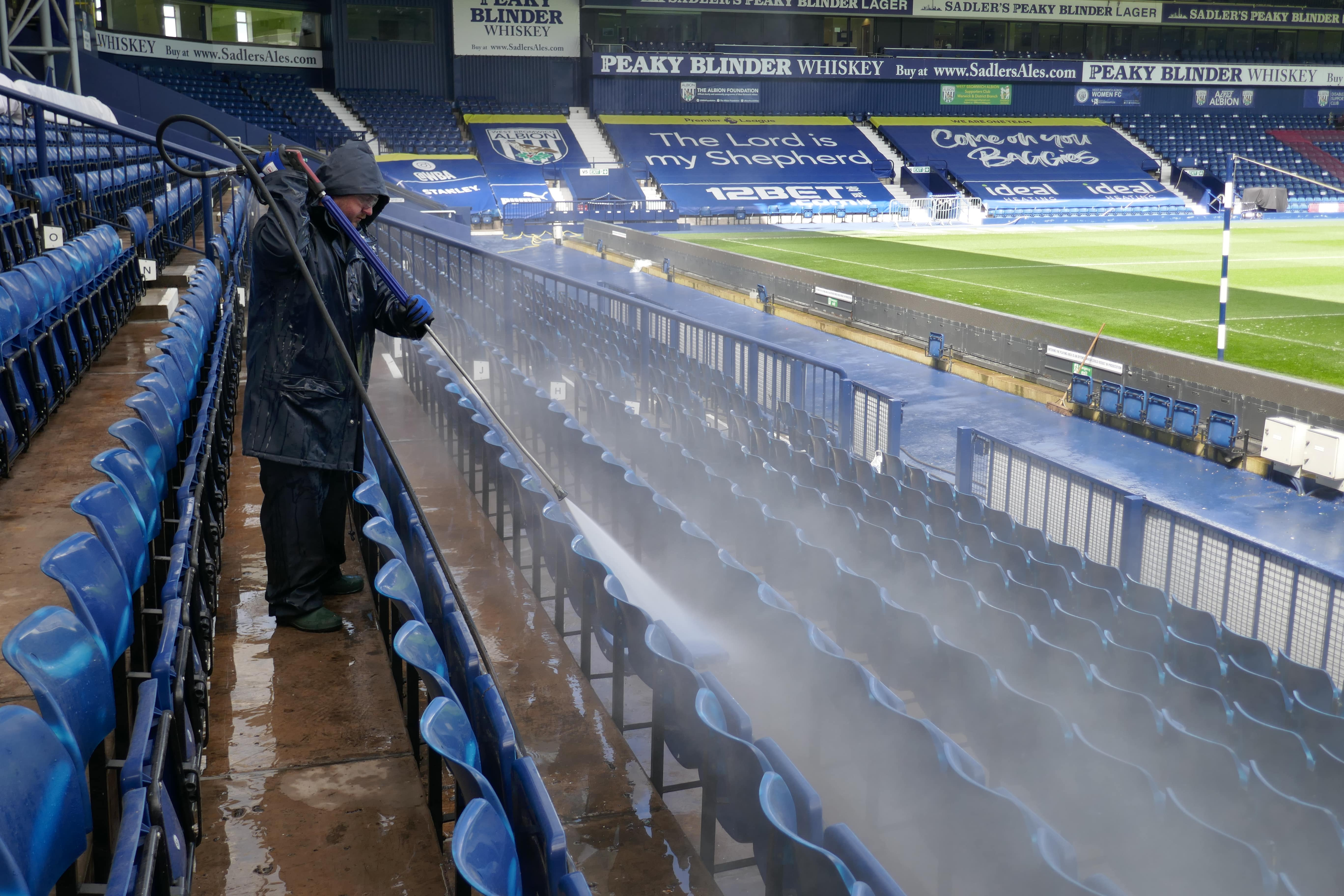 """P1030088-min We Clean at 'The Hawthorns' - """"and its live!!!"""""""