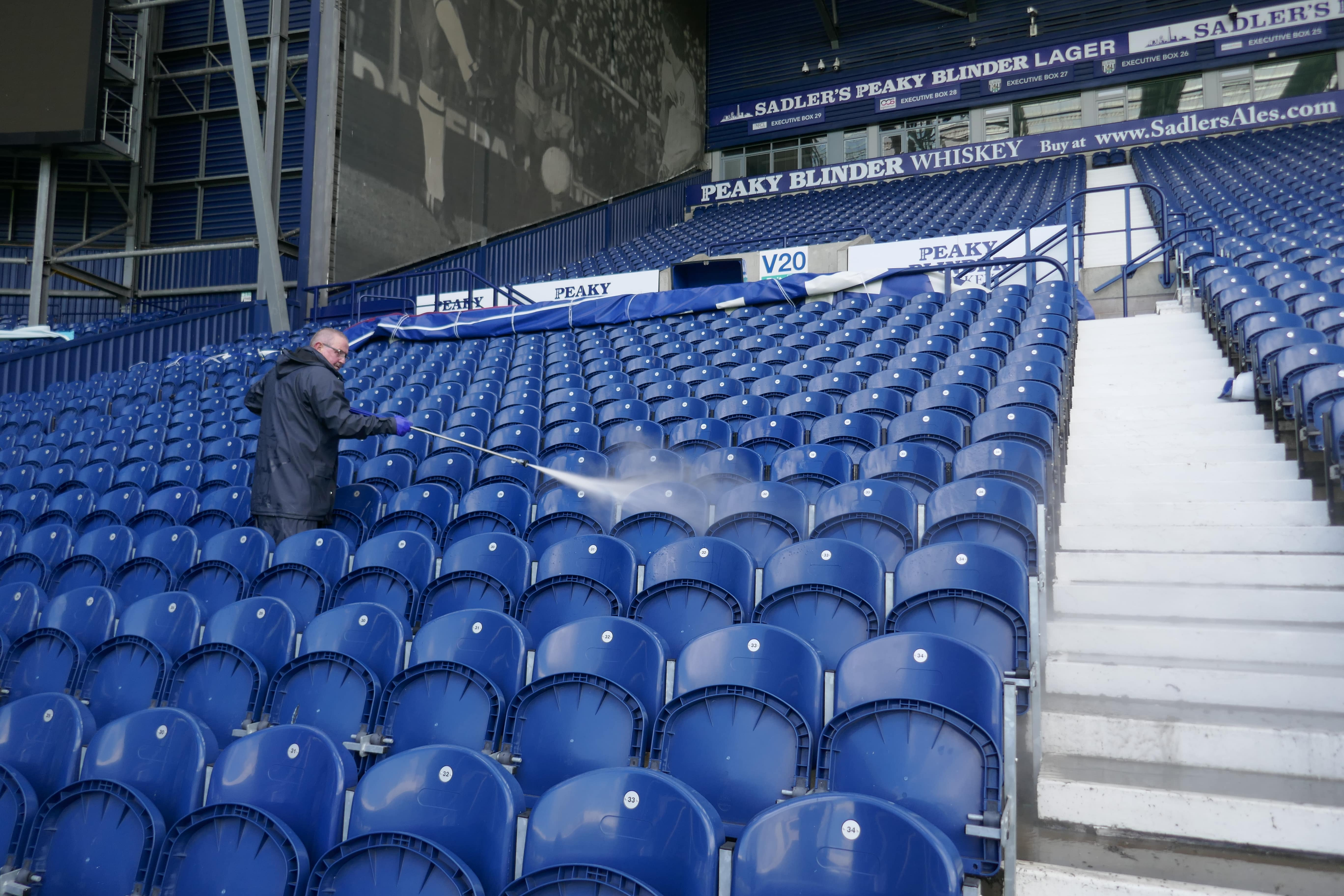 """P1030361-min We Clean at 'The Hawthorns' - """"and its live!!!"""""""